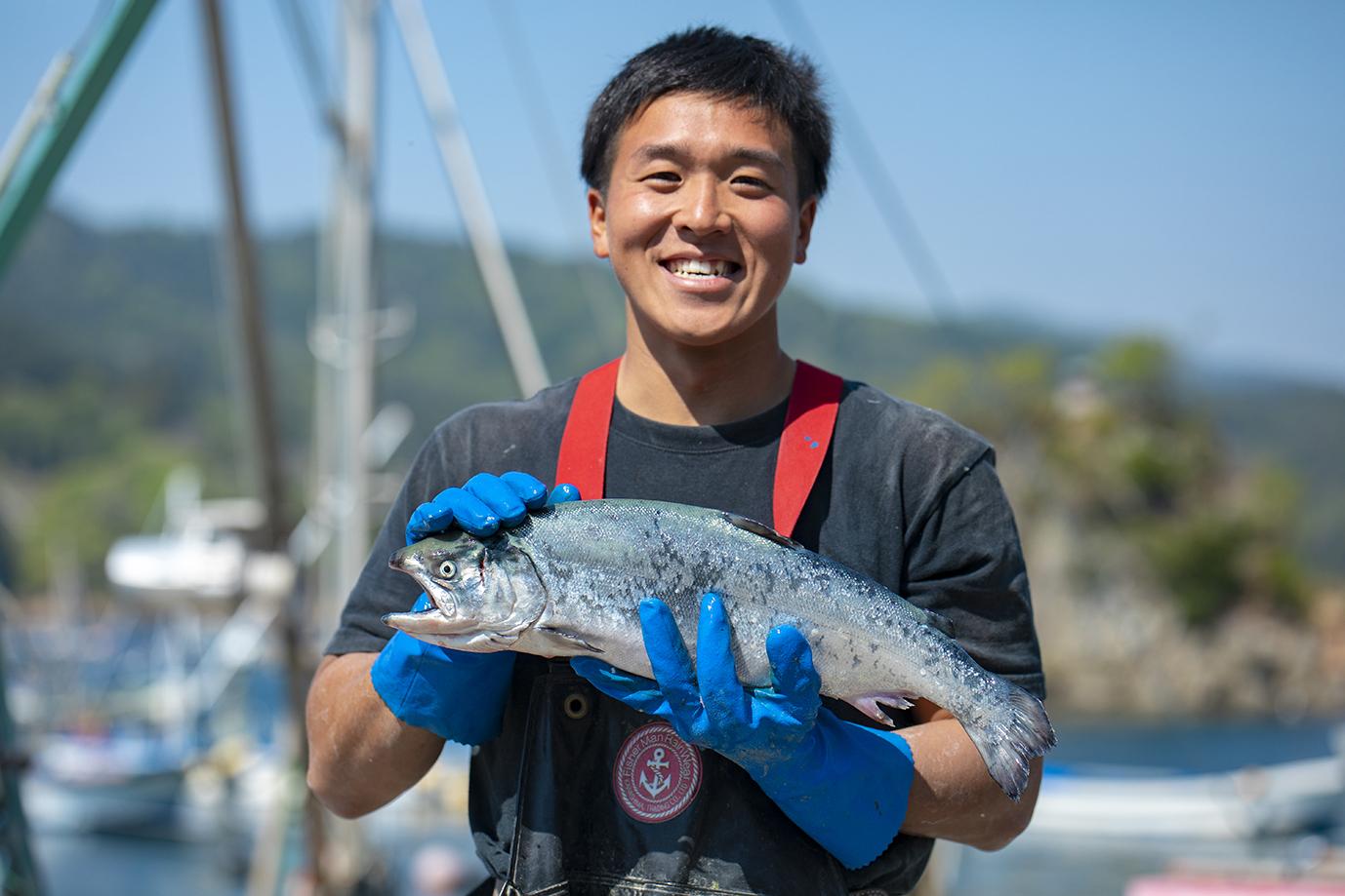 知りたい!銀鮭養殖のすべて